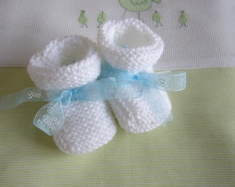 """Newborn baby booties """"white and Blue Ribbon""""-hand made knit"""
