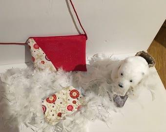 Christmas motifs make up bag