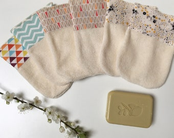Mini glove organic toilet suitable for children's handmade