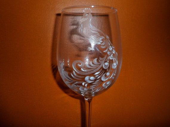 6 verres sur pied en gravure sur verre motif paon personnalisables