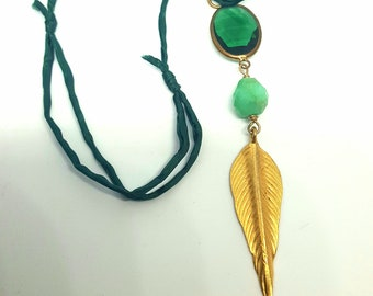 agate tooth and green silk necklace  Helena Design