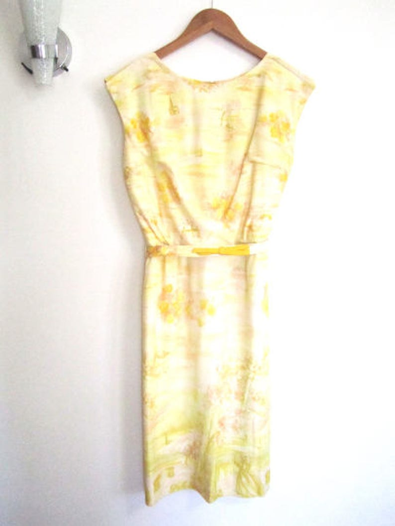 M 50s Dress Novelty Print Day Yellow Nylon Sleeveless Sheath Wiggle Belt by Westover Walker VLV Medium