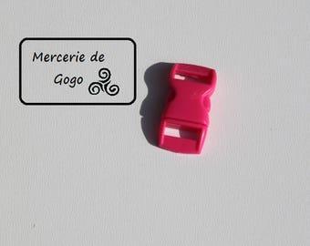 Mini fuchsia 2 plastic quick release clip buckle.