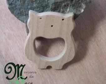 Bear shape 2 natural wooden teething ring.