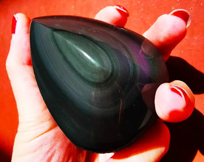 free form in obsidian celeste eye. Semi raw. 75/57/65 mm 0.293 kg.