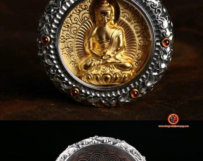 amulette pendentif de protection bouddhiste Bouddha Amitabha Dorje en ivoire de mammouth tournant au verso Argent 925, or 24K ébéne, grenat.