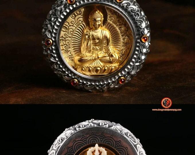 amulette, pendentif de protection bouddhiste Bouddha Vairocana Dorje en ivoire de mammouth tournant au verso Argent 925 or 24K ébéne, grenat