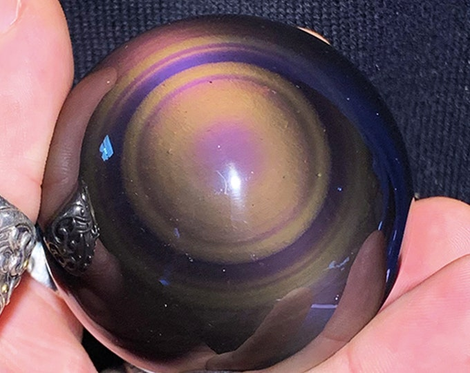 obsidian eye sphere of exceptional quality, rare collector's item. 0.262 kg 17.53cm circumference 5.58cm in diameter