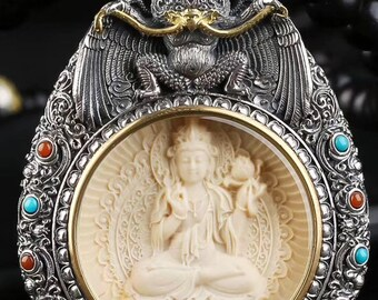 Amulette, reliquaire protection bouddhiste tibetain Samantabhadra et Garuda ivoire de mammouth, argent massif 925. mantra tournant au verso