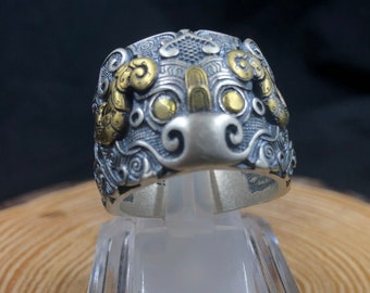 Silver feng shui ring 925/ 1000th, bronze has high copper tao tepped pattern.