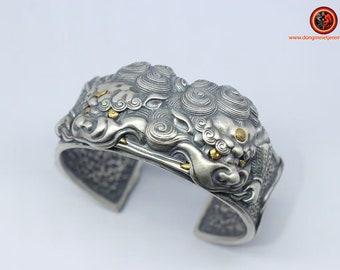 bracelet jonc lions gardiens  Tang Shi argent 950 poinçonné lions mythiques de protection feng shui jonc en argent réalisé artisanalement