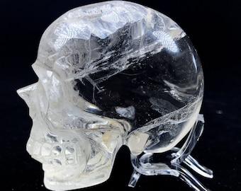 Crystal skull. rock crystal skull, From Brazil. skull entirely made by hand. Unique piece. healing frosts. Crystal skull