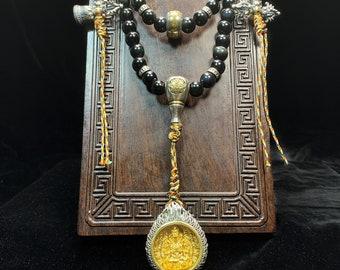 Mala, chapelet de prière et méditation bouddhiste. 108 perles d'obsidiennes oeil celeste. Amulette de protection Chenrezi. Citrines gemmes
