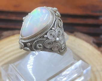 Silver ring 925 watermark. noble opal. Traditional Beijing jewelry. One-of-a-kind