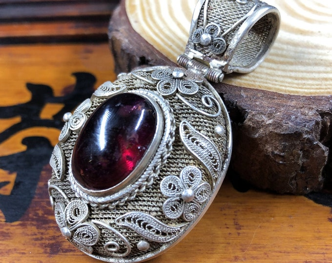 Silver pendant 925 watermark. Tourmaline rubellite. Traditional Beijing jewelry. One-of-a-kind