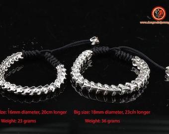 Bracelet vertebres of snake. Silver 925. sliding clasr. solid and lasting creations. Biker style. To choose small or large model.