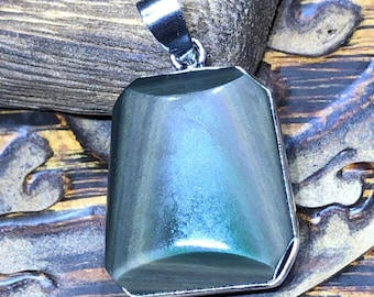 obsidian eye obchon pendant, set in surgical steel.
