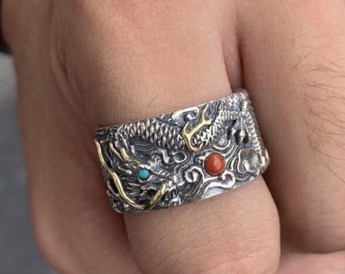 feng shui ring. Silver dragon 925 and copper. Turquoise from Arizona and agate called nan hong (south red) from Yunnan.