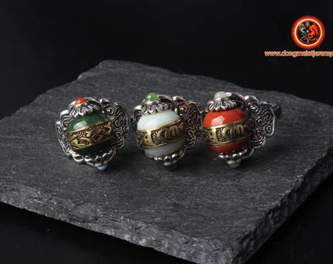Ring, Tibetan Buddhism, DZI inspiration (Tibetan sacred agate) mantra of compassion, silver 925, copper, jade or nan hong.
