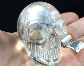 Crystal skull. Rock crystal from Brazil. completely handmade. Unique piece. Beautiful healing frosts. 5 cm long 0.100 kg