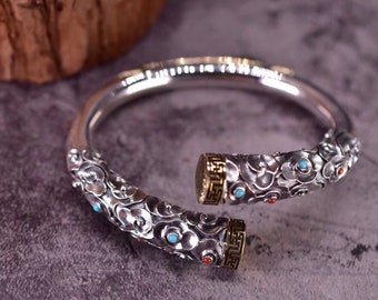 "Bracelet rush, silver 999/1000th. Monkey King Sun Wu Kong's baton. silver, turquoise copper and agate called ""nan hong"""