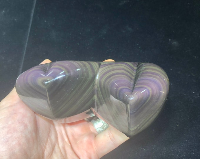 Double heart carved in obsidian eye celeste of A-quality. 0.585kg