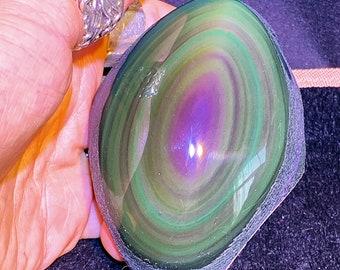 free form in obsidian celeste eye. Semi raw. 99/75/42 mm 0.318 kg.