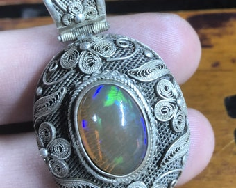 Silver pendant 925 watermark. caramel opal. Traditional Beijing jewelry. One-of-a-kind