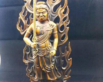 statuette bouddhiste bronze et cuivre Buddha Acala. Déité shingon, bouddhisme ésotérique japonais. Hauteur de 30cm