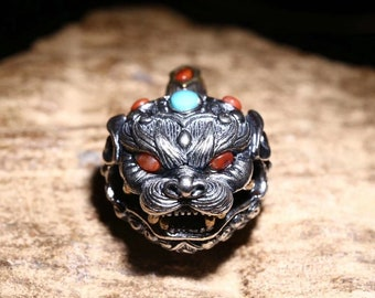 "pendant, Taoist protective amulet, ""ghost hunt"" bell in the shape of Pixiu Silver 925 copper Arizona Turquoise agate ""nan hong"""