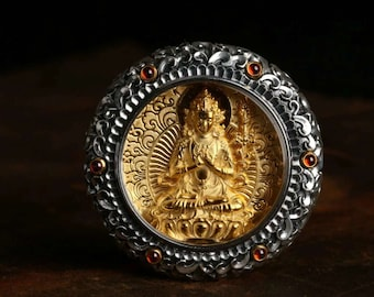 Protection amulet Buddhist Tibetan Mahasthamaprapta, 925 sterling silver, garnets, plated gold 18K, mantra of compassion engraved on the back.