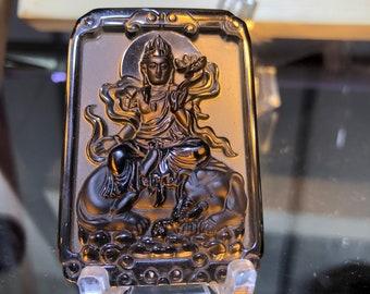 pendentif, amulette bouddhiste, bodhisattva Samantabhadra, obsidienne glace