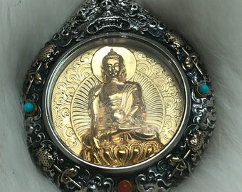 Tibetan Buddhist protection reliquary Buddha medicine in solid silver 925 plated gold 18k turquoise nan hong. wheel of life