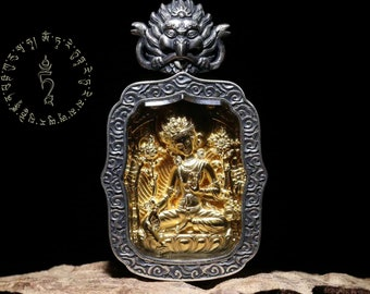 Tara Tibetan protection amulet in its green form (main form) in solid silver 925, gold plated 18k.