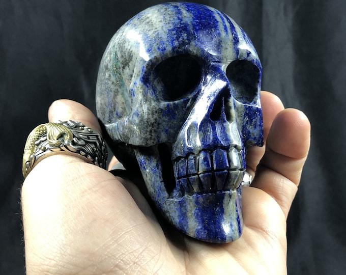 Lapis lazuli crystal skull entirely handmade single piece 9/8/5cm 0.655kg