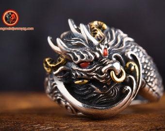 Dragon ring. Ring feng shui. Dragon protection. Eyes set in turquoise or agate nan hong. Silver rings 925. Adjustable size.