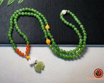 Mala, chapelet bouddhiste. Prière et méditation 108 perles de jade Nephrite entièrement naturel garanti sans aucun traitement et expertisé.
