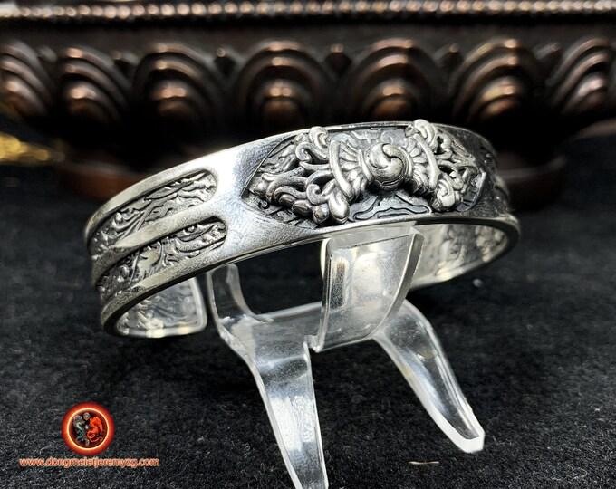 Bracelet jonc bouddhiste Dorje/ vajra. Argent 925. Vajrayana, esoterique. Travail artisanal. Bracelet ouvert, réglable a toutes tailles.