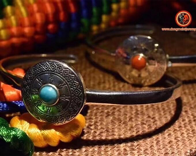 bracelet jonc en argent 925. Bracelet de protection, bouddhisme, tibétain. mantra, om mani padme hum. Bracelet jonc en argent réglable.