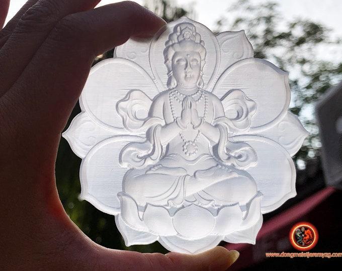 Guan Yin, Cherenzi, bodhisattva of compassion. Emanation of The Buddha Amitabha. Gypsum, unique piece, carved by hand. 98mm/ 101mm.