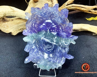 Meduse, gorgon, Greek mythology. Handcrafted in fluorite. Unique piece. natural stone, appraised. Dimensions: 12cm/ 9cm.