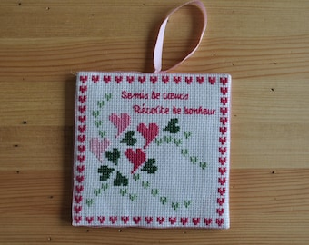 plate holder or pinkeep 'scattered hearts'