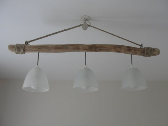 lustre suspendu en bois flotte trois lampes etsy. Black Bedroom Furniture Sets. Home Design Ideas