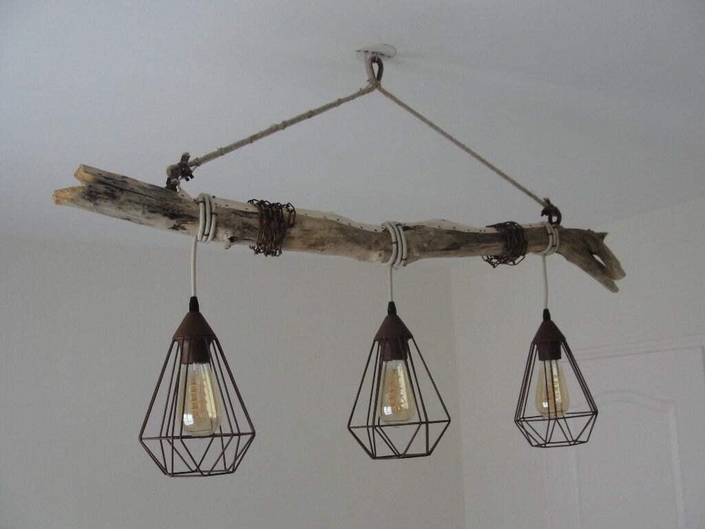 Patine Effet Bois Flotté plafonnier en bois flotté à 3 suspensions métal effet rouillé