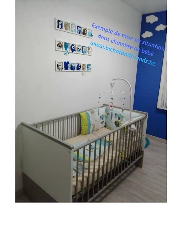 Décoration chambre bebe, cadre mural , figurines beige , bleu ciel ...