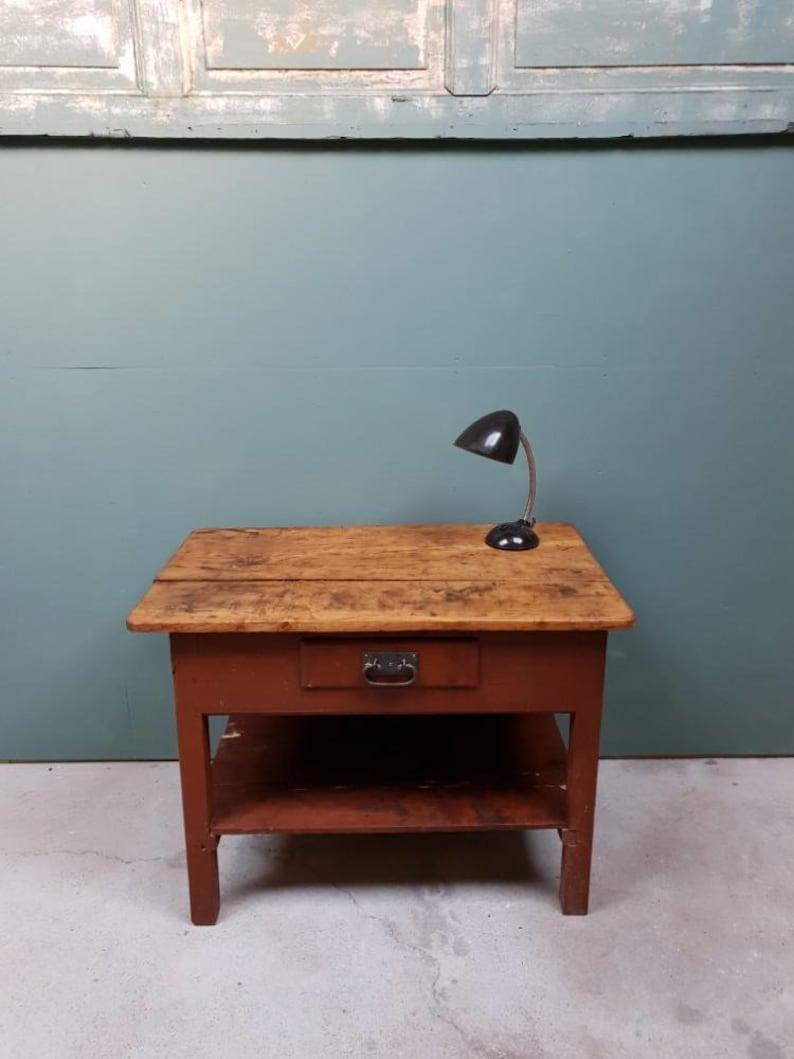 Oude Werkbank Sidetable.Oude Werkbank Werktafel Sidetable