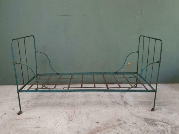 Outstanding Antique Wrought Iron Bed Antique Garden Bench Lounge Bench Ocoug Best Dining Table And Chair Ideas Images Ocougorg