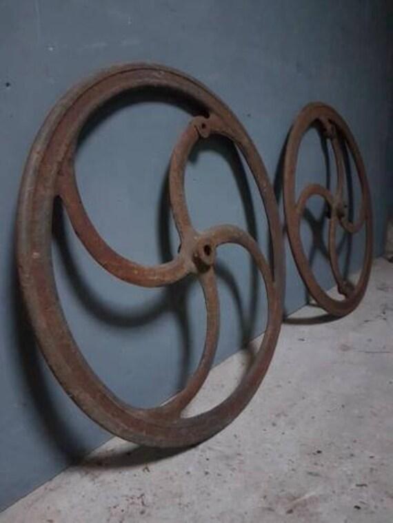 Verwonderend Antieke gietijzeren wielen | Etsy AR-31