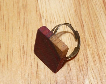 Wooden ring: the secret