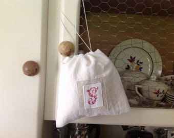 Pouch made from linen old Monogram G